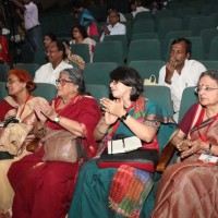 Members and viewrs enjoy the performances